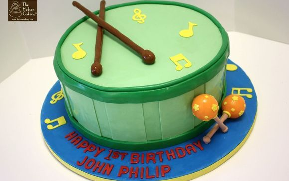 Groovy Custom Birthday Cakes By The Hudson Cakery In Weehawken Nj Funny Birthday Cards Online Chimdamsfinfo