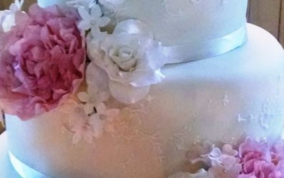 Phenomenal Wedding Cakes And All Occasion Cakes By Cakes By Lilly Wedding Funny Birthday Cards Online Bapapcheapnameinfo
